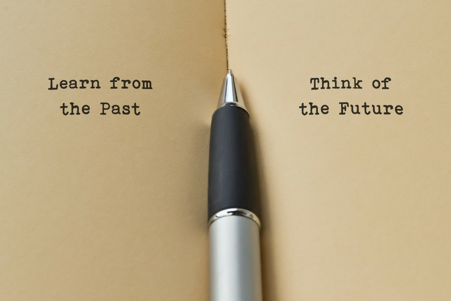iStock-92048373-1500-Learn from the past.png